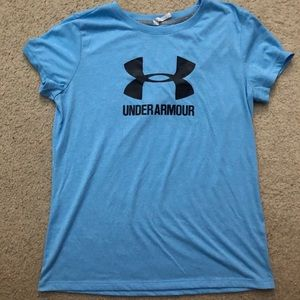 Dry fit Under Armour shirt